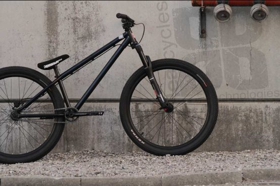 Leafcycles Ruler Pro Black Web